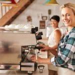 الركيزة: مطعم ومقهى في آنٍ واحد