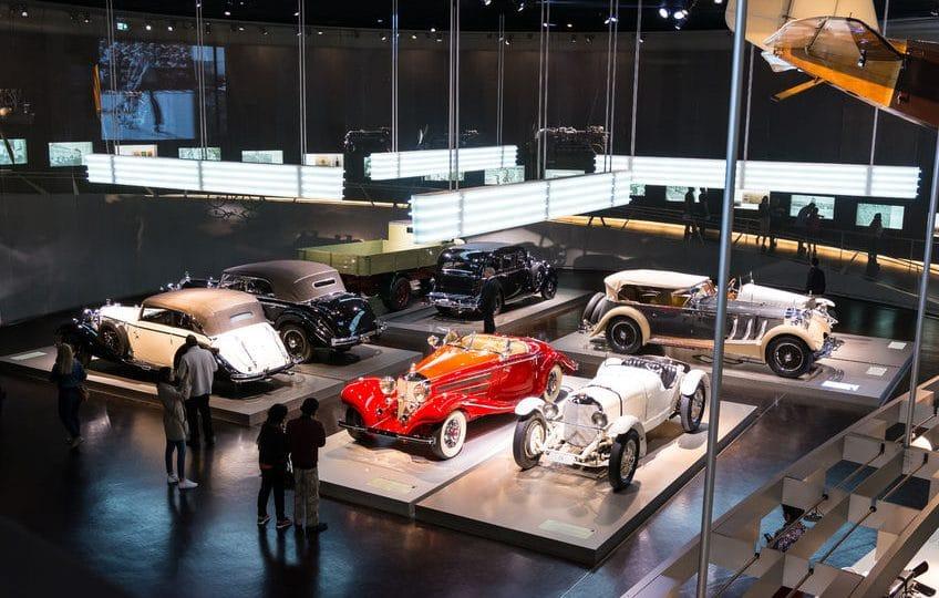 ألمانيا - متاحف السيارات: شتوتغارت