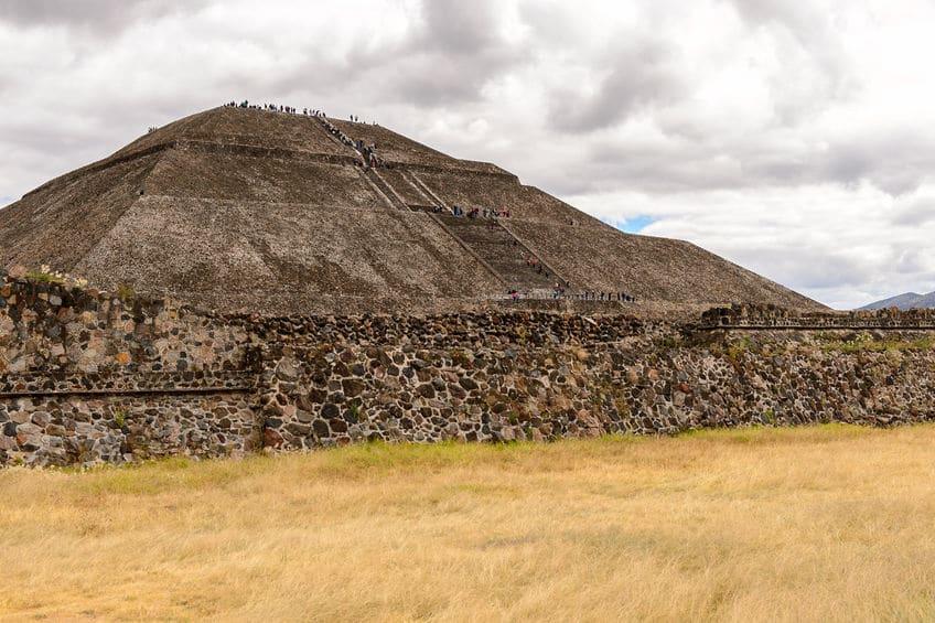 أمريكا الوسطى - هرم الشمس: المبنى الأكبر في أمريكا الوسطى