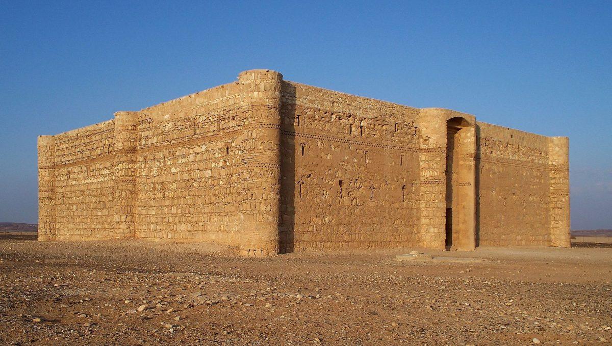 الأردن - قصر الحرانة: قصر أثري مُدهش في الأردن