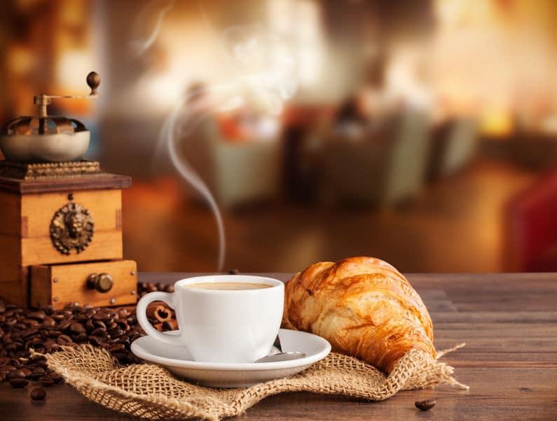 الإمارات - بالما: مقهى عالمي على أرض أم القويين