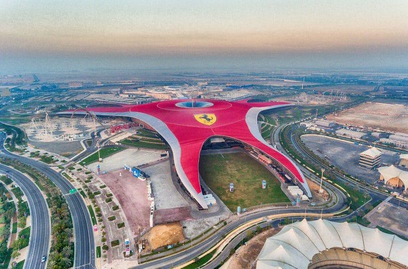 الإمارات - عالم فيراري: مدينة الألعاب الأضخم في العالم