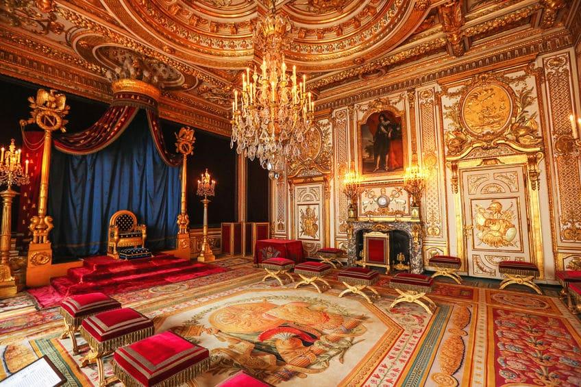 الجبل الأسود - قصر الملك نيكولا: القصر الذي تحول إلى متحف