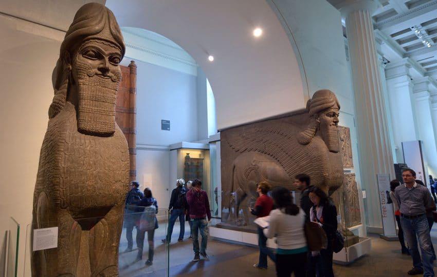 العراق - متحف الفن الأحمر: الموقع المنير في مدينة السليمانية