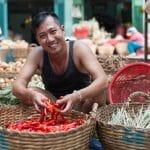 سوق ميناء المدينة: سوق شعبي في جمهورية فانواتو