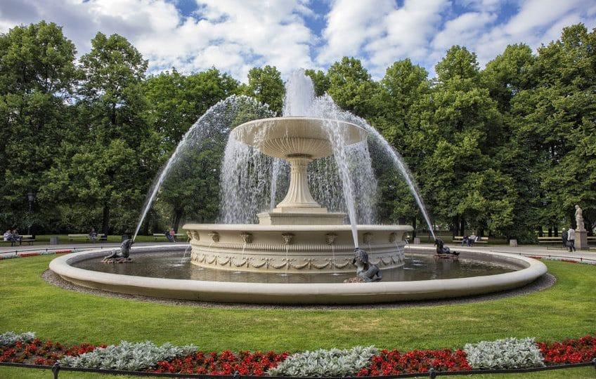 بولندا - حديقة ساكسون، وارسو