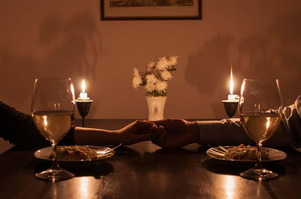 تركيا - دافني: مطعم ممتزج بالرومانسية