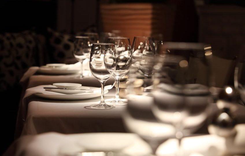 روسيا - سافا: مطعم الليل والنهار