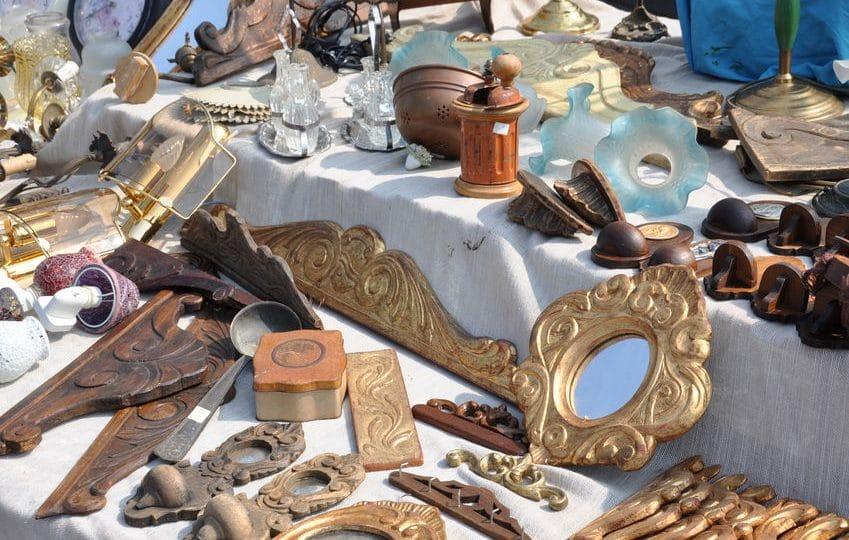 روسيا - سوق البراغيث: سوق الكنوز القديمة