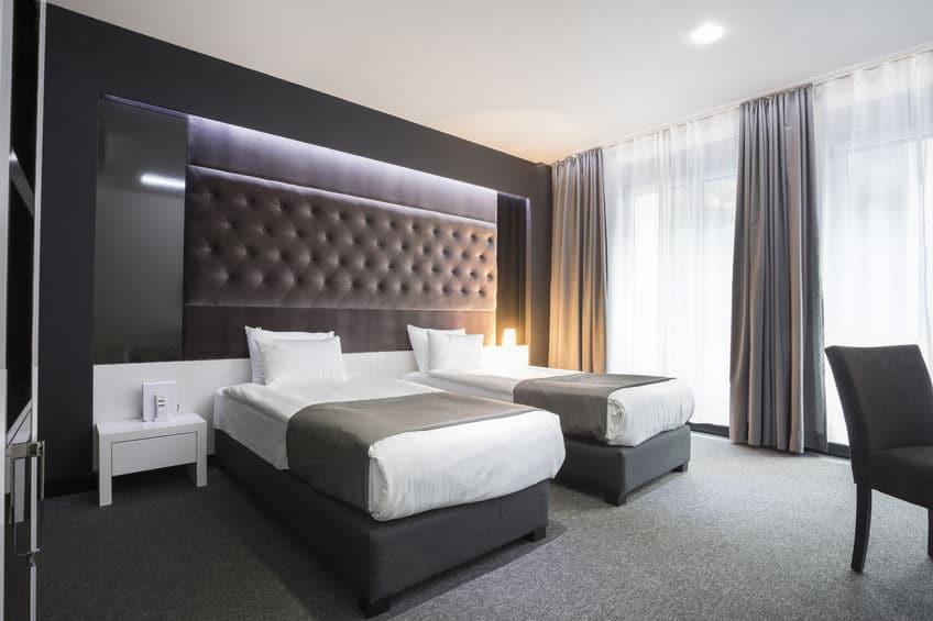 رومانيا - سيسميجيو: فندق أنيق وعصري في قلب بوخارست
