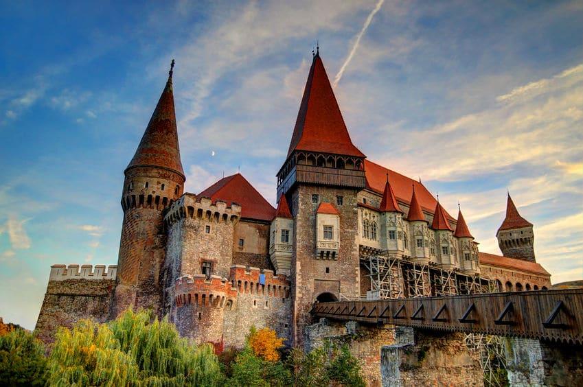 رومانيا - قلعة دراكولا: قلعة غامضة لأصحاب القلوب القوية