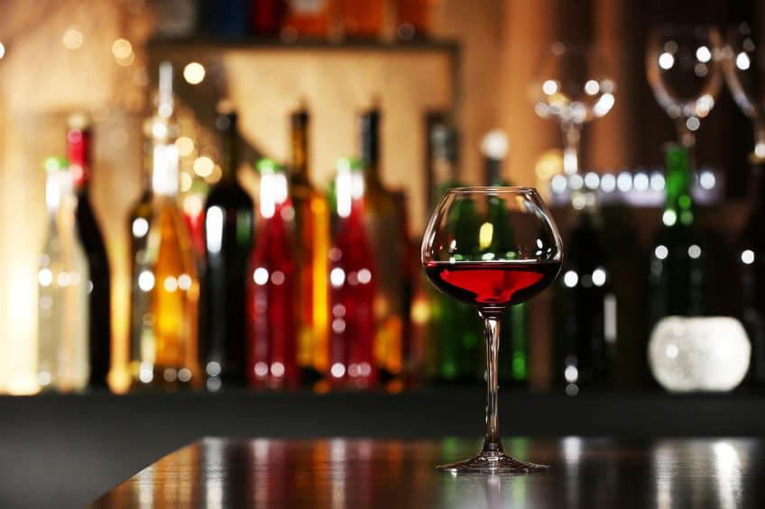 رومانيا - مجلس النبيذ والكوكتيل: مطعم يتخطى اسمه