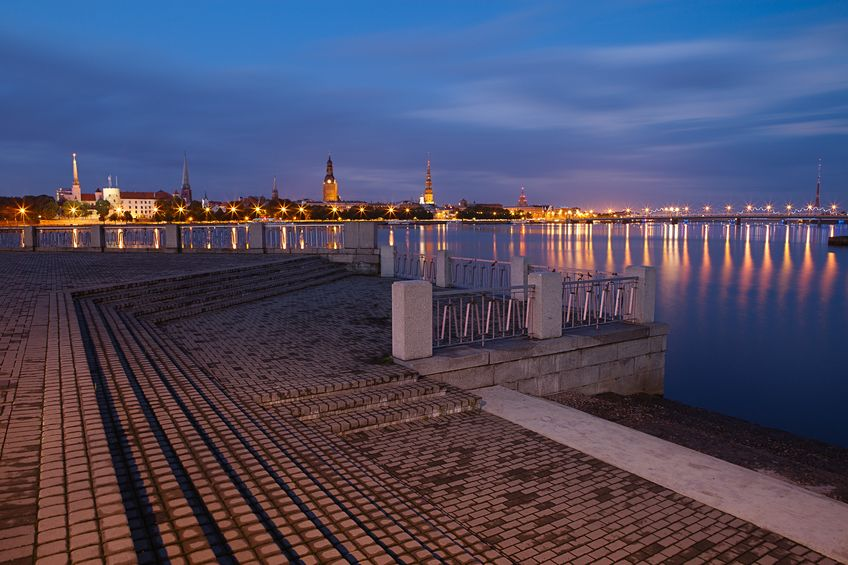 لاتفيا - مركز إي إيه تي للسياحة