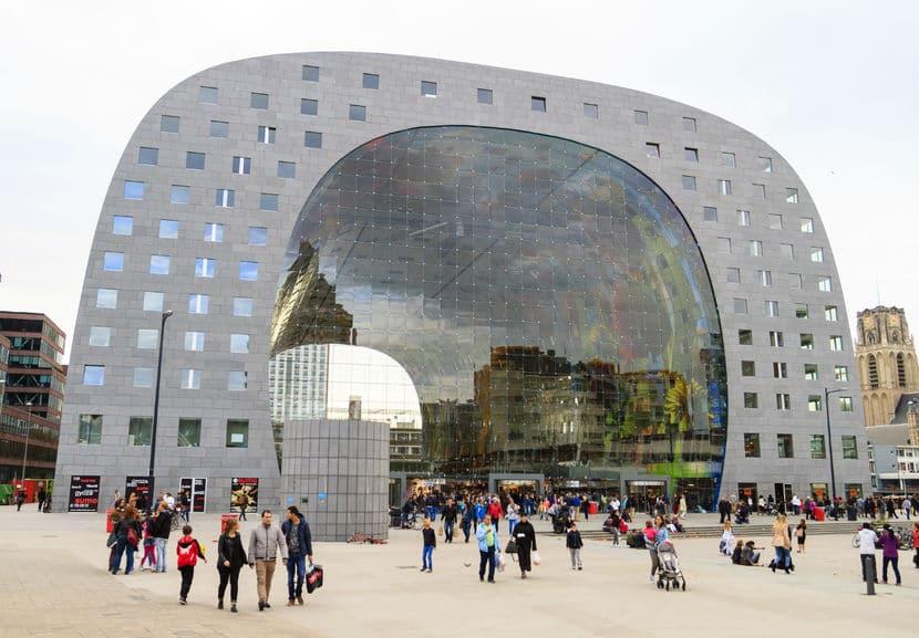 هولندا - سوق روتردام: بناء مُبهر وإمكانيات هائلة