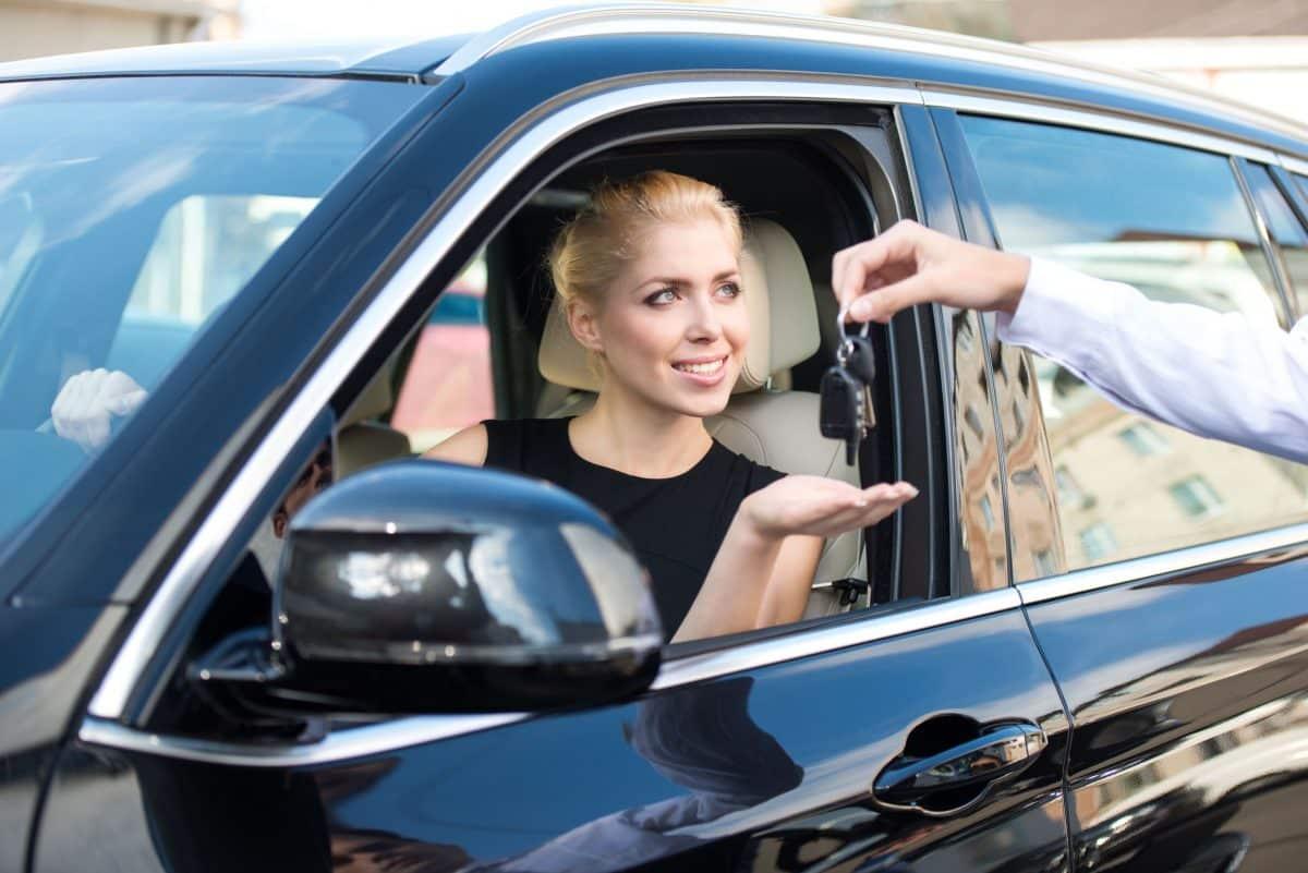 لندن - شركة VIP Cars لتأجير السيارات