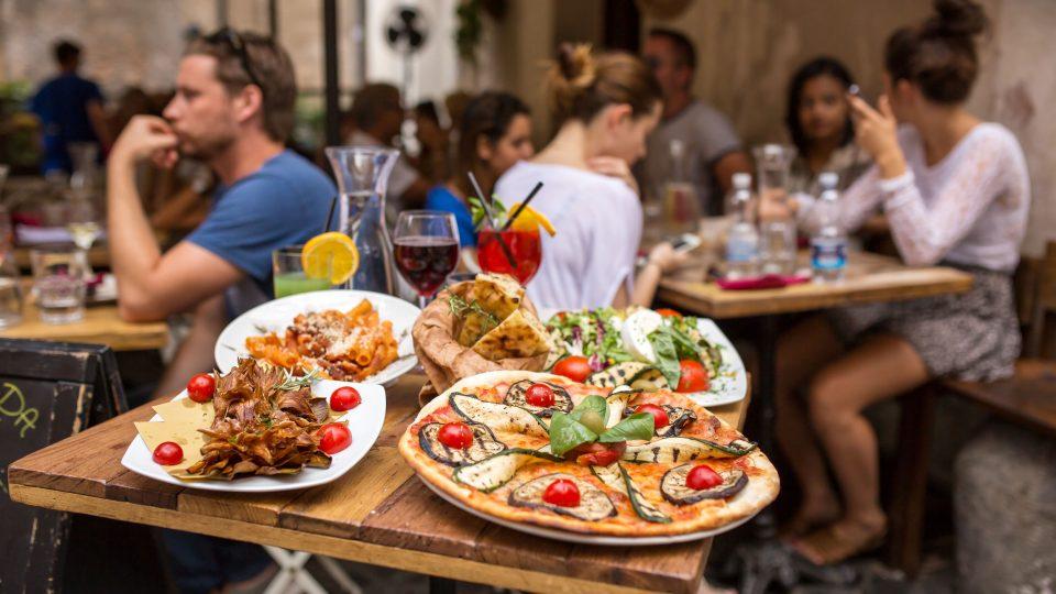 روما - مطعم Hassler Roma